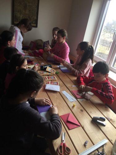 Atelier de creație, în parohia bistrițeană Miceștii de Câmpie