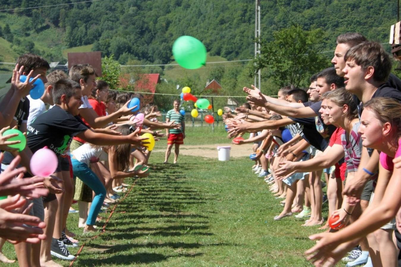 """Tabere de vară la Centrul Misionar de Tineret """"Ioan Bunea"""" din Sîngeorz-Băi"""