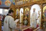 """ÎPS Andrei: """"Dumnezeu se descoperă în Sfânta Liturghie!"""""""