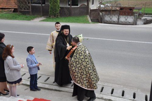 PS Petroniu, la Denia celor 12 Evanghelii, în localitatea Prodănești