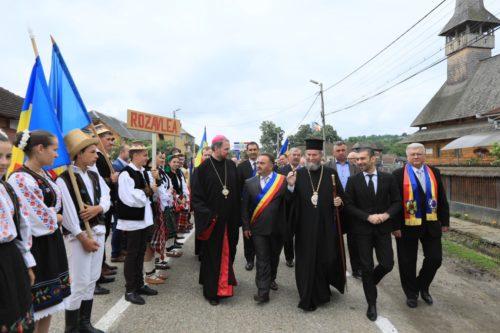 """1228 de tineri maramureşeni """"Uniţi pentru Marea Unire"""", la Băseşti"""