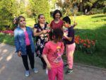 Tinerii din A.S.C.O.R. Cluj și Biserica studenților la Grădina Botanică cu copiii de la Liceul pentru Deficienți de Vedere din Cluj