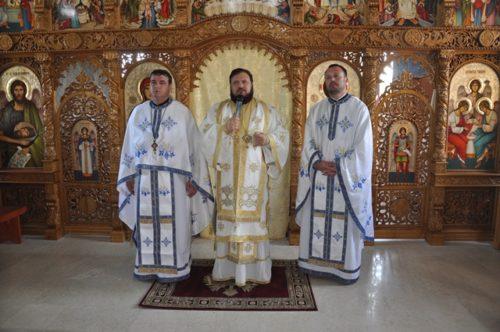 Liturghie arhierească în parohia sălăjeană Gârceiu