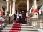 Tineri clujeni, premiați de Patriarhul Daniel