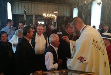 <span style='color:#B00000  ;font-size:14px;'> </span> <br> Instalarea noului preot paroh în parohia Ghirișul Român</p>