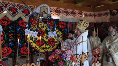 Liturghie Arhierească în inima Ţării Lăpuşului