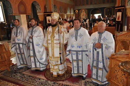 Liturghie arhierească în parohia sălăjeană Ciumărna