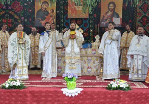 Târnosirea bisericii Schitului Stârciu