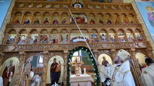 A fost târnosită biserica Parohiei Hideaga