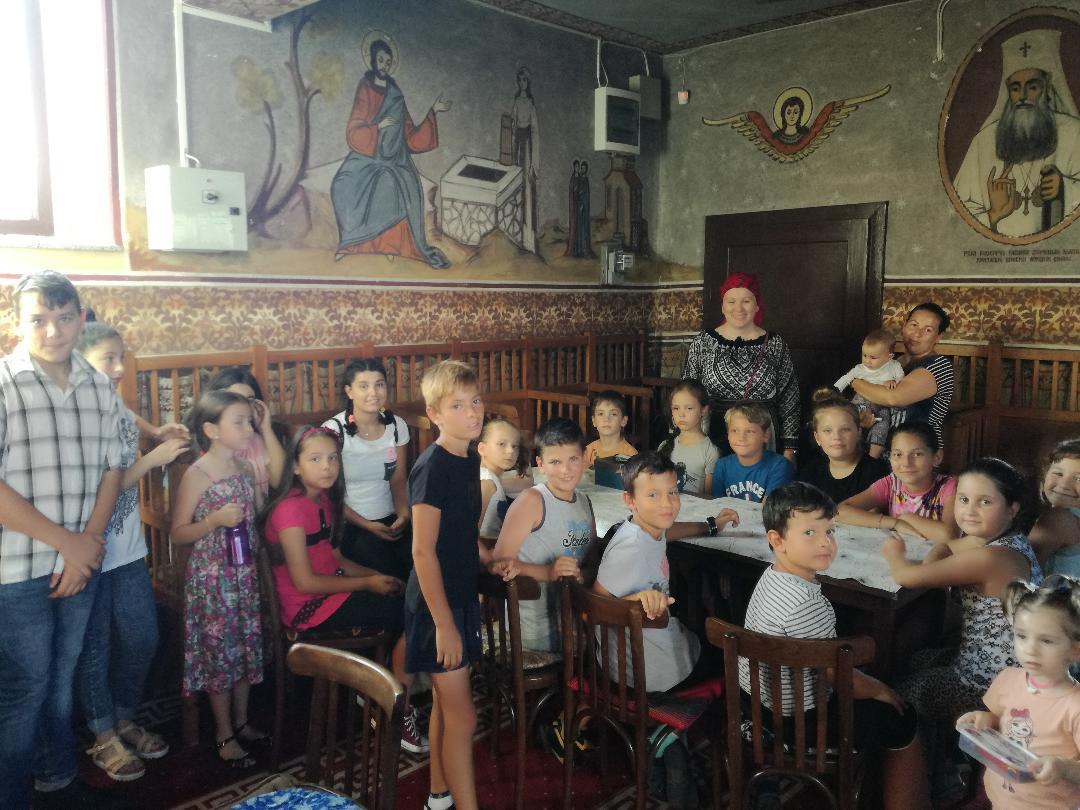 Ateliere de creație destinate copiilor, în Parohia Hășdate