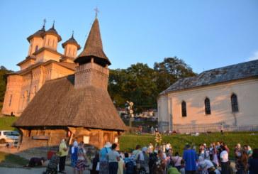 Mănăstirea Nicula și-a deschis din nou porțile pentru zecile de mii de pelerini