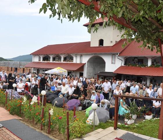 Hramul Mănăstirii Voivodeni