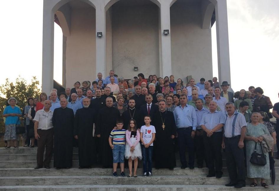 """Prima slujbă săvârșită în biserica Parohiei ,,Sfântul Andrei"""" din Dej"""