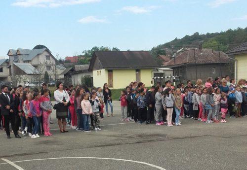Festivitatea de deschidere a noului an şcolar, la Școala din Mociu