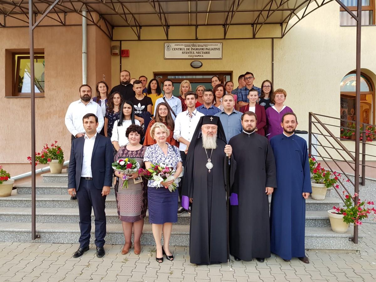 """Școala Postliceală Sanitară """"Sfântul Nectarie"""" și-a deschis porțile în prezența IPS Andrei"""