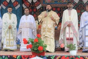 Resfințirea bisericii din localitatea Sălățig