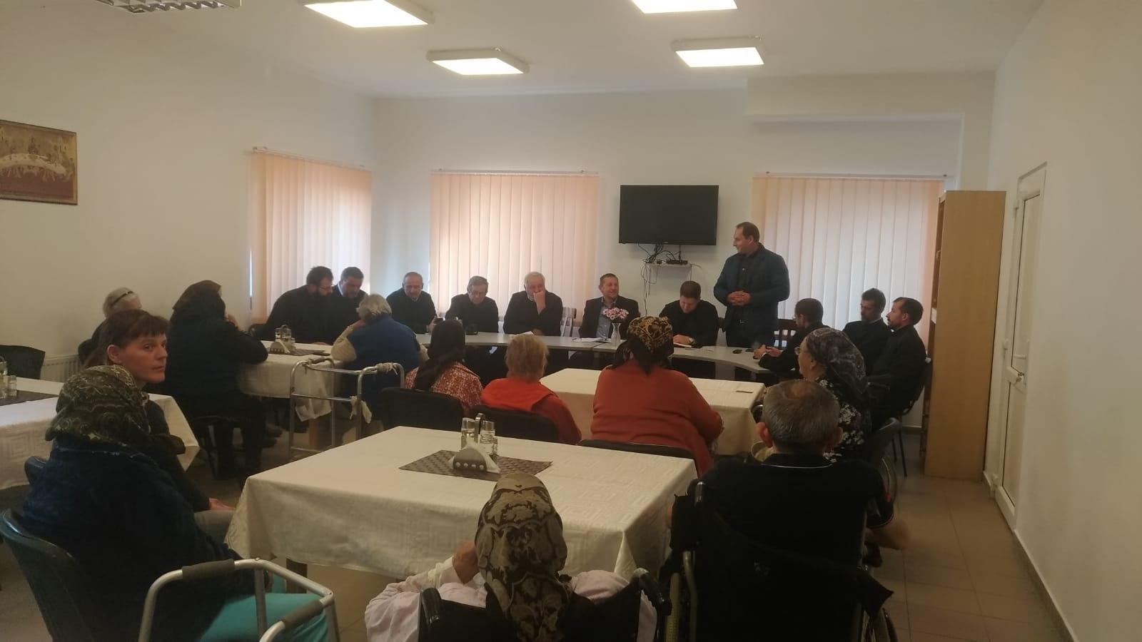 Întâlnirea preoților de pe valea Țibleșului la Centrul de la Tîrlișua