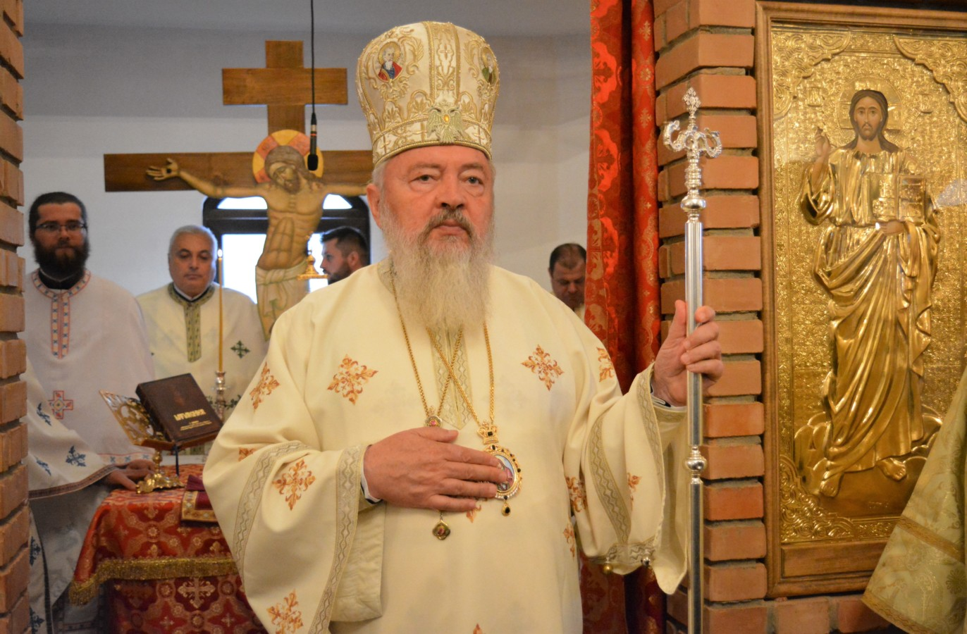 Hramul Mănăstirii Petru Rareș Vodă, sărbătorit în prezența Mitropolitului Clujului