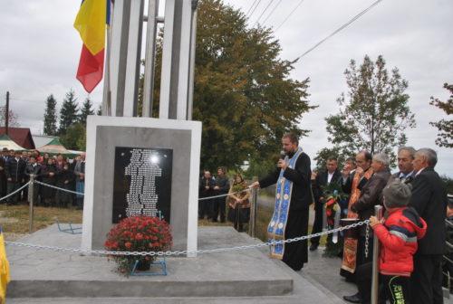 Sfințirea monumentului eroilor din Dângău Mare, Protopopiatul Huedin