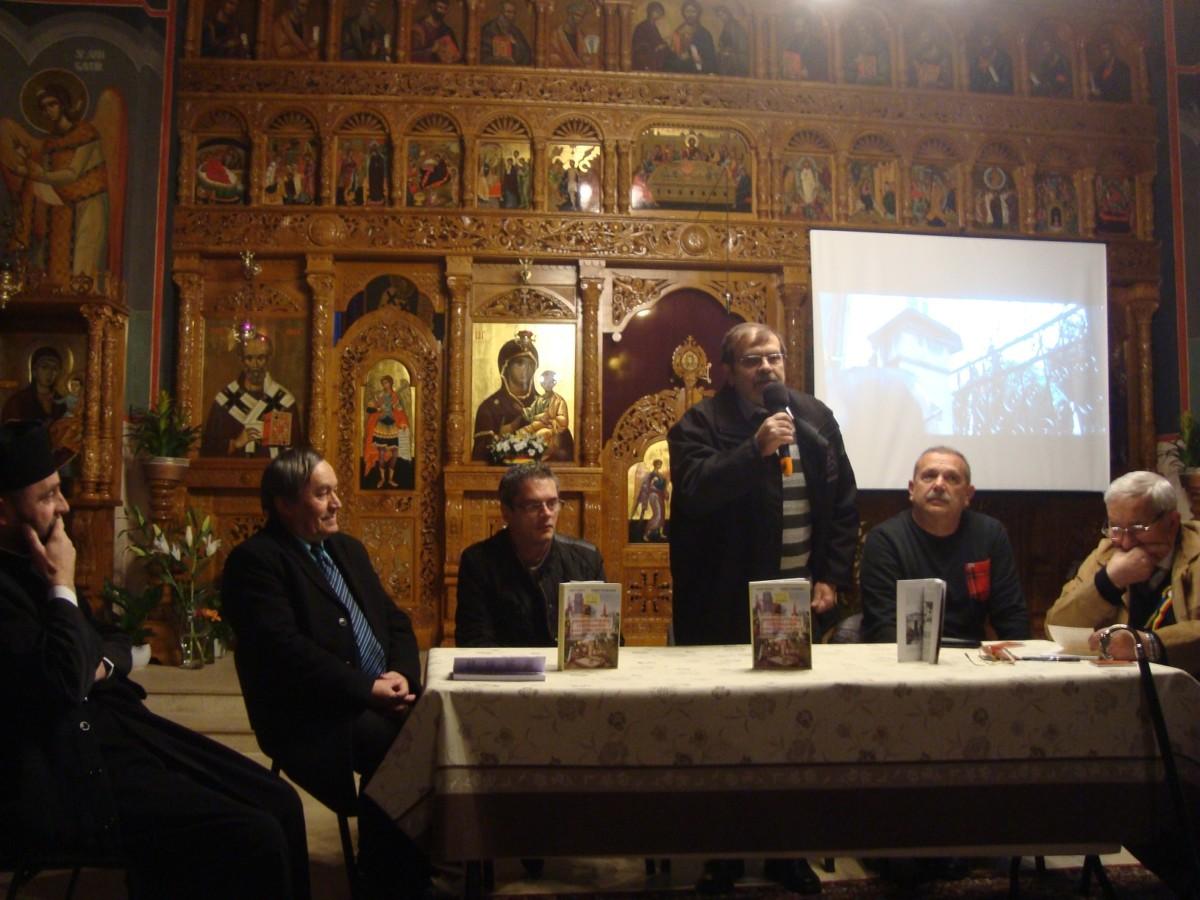 """Lansarea cărții """"Personalități ale centenarului Marii Uniri din 1918 în cimitirele clujene-ghid istoric"""", în parohia  """"Adormirea Maicii Domnului"""""""