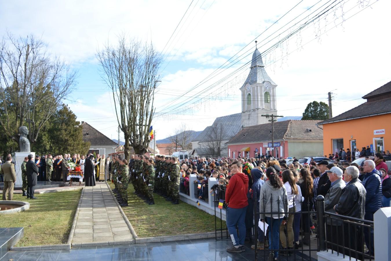 Mitropolitul Clujului prezent la manifestările dedicate Centenarului, în localitatea Iara