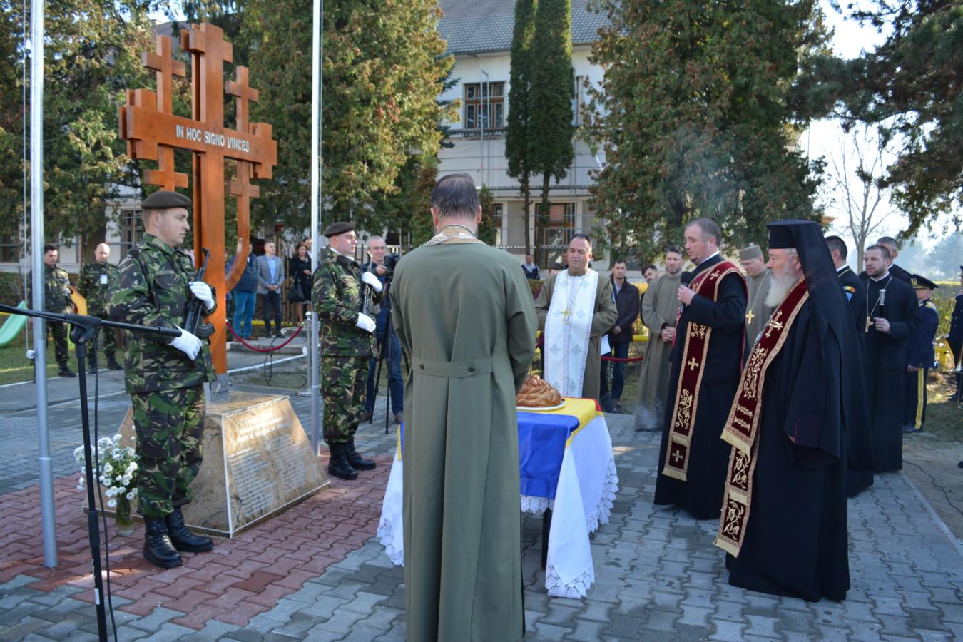 Biserica militară a Regimentului 50 Rachete din Florești, resfințită de Mitropolitul Clujului