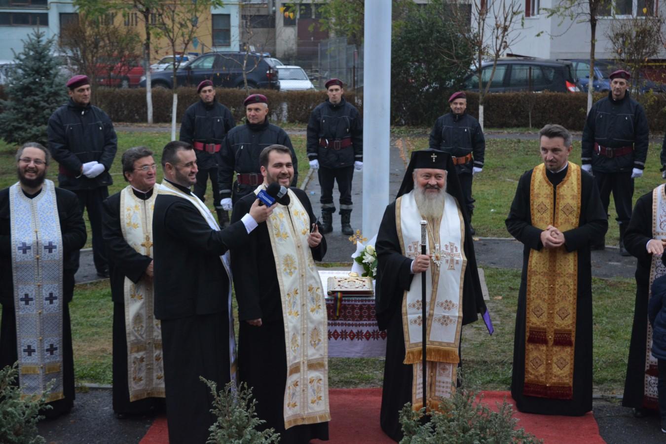 Sfințire de drapel în An Centenar, la Parohia Gherla III