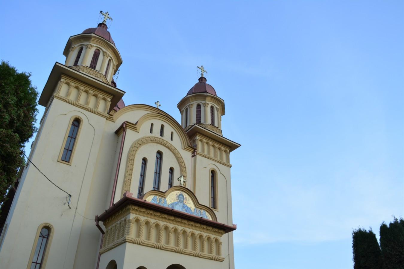 Capela mortuară a Parohei Bucea, sfințită de Mitropolitul Clujului