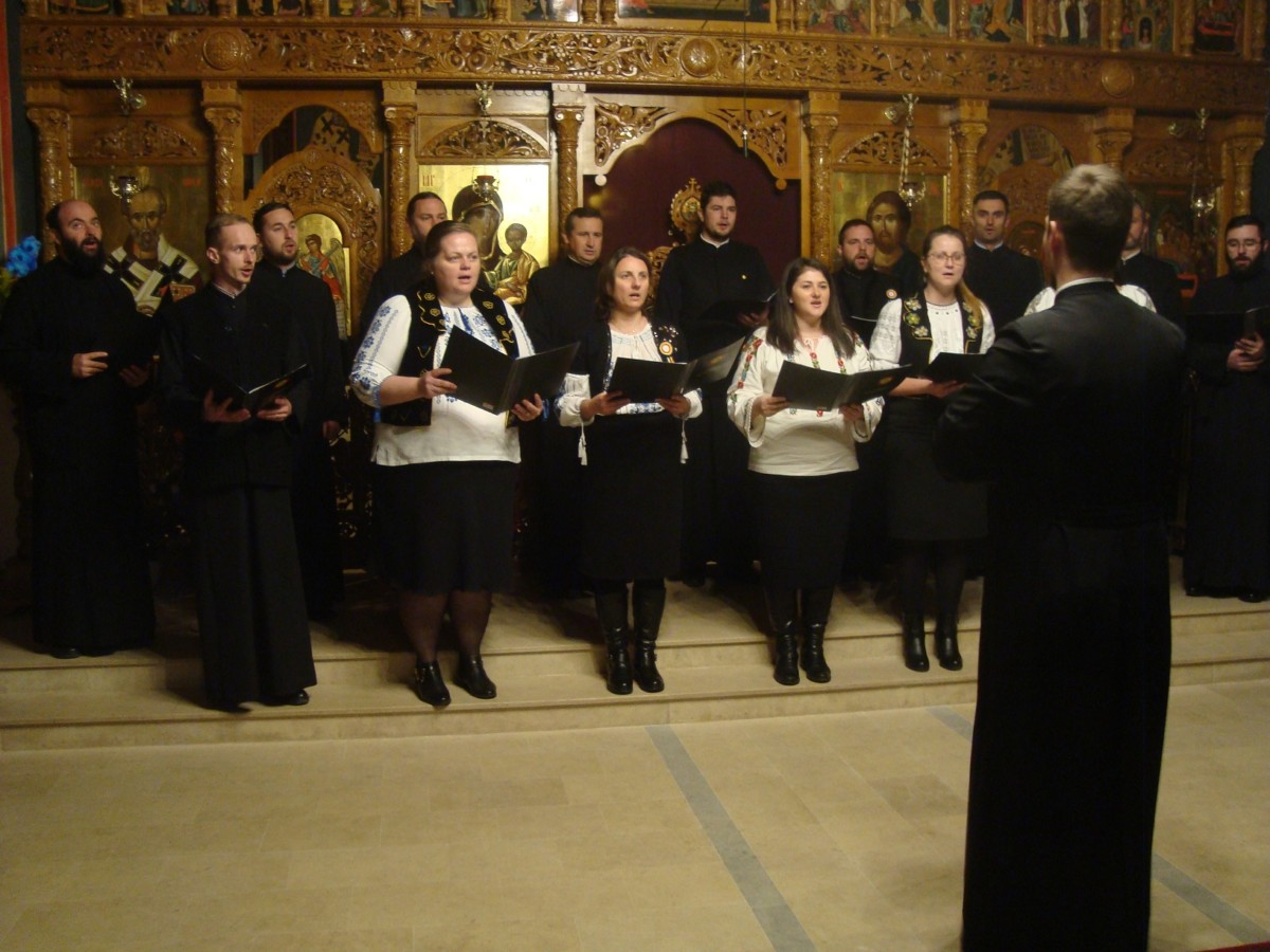 """Concert de colinde, în parohia """"Adormirea Maicii Domnului"""" din Cluj-Napoca"""
