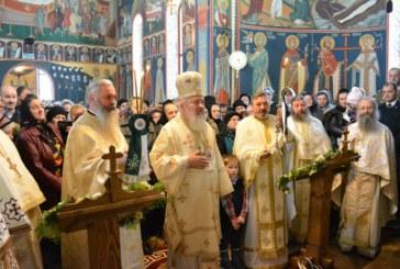 Sfântul Ierarh Spiridon, sărbătorit la Mănăstirea Strâmba