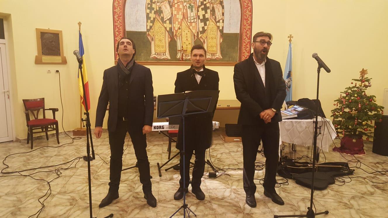 Recital de colinde, la sediul Protopopiatului Ortodox Huedin