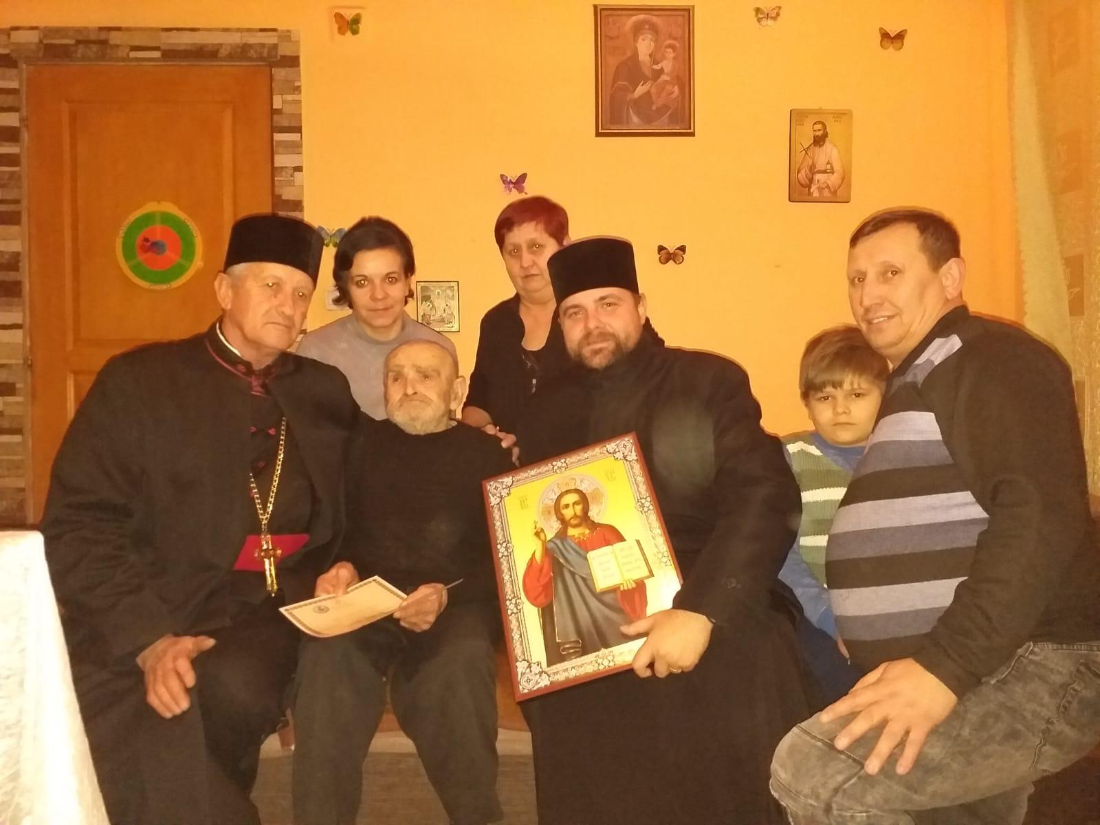 Diploma Omagială Protopop Martir Aurel Munteanu , oferită unui credincios din Protopopiatul Huedin, la împlinirea vârstei de 100 de ani