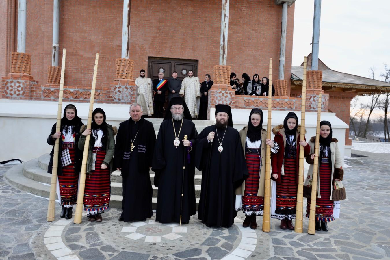 Hramul Mănăstirii Scărişoara Nouă, cea mai vestică mănăstire din România