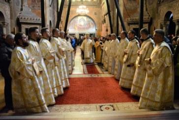 Prima zi a Anului Nou, în rugăciune, la Catedrala Mitropolitană din Cluj