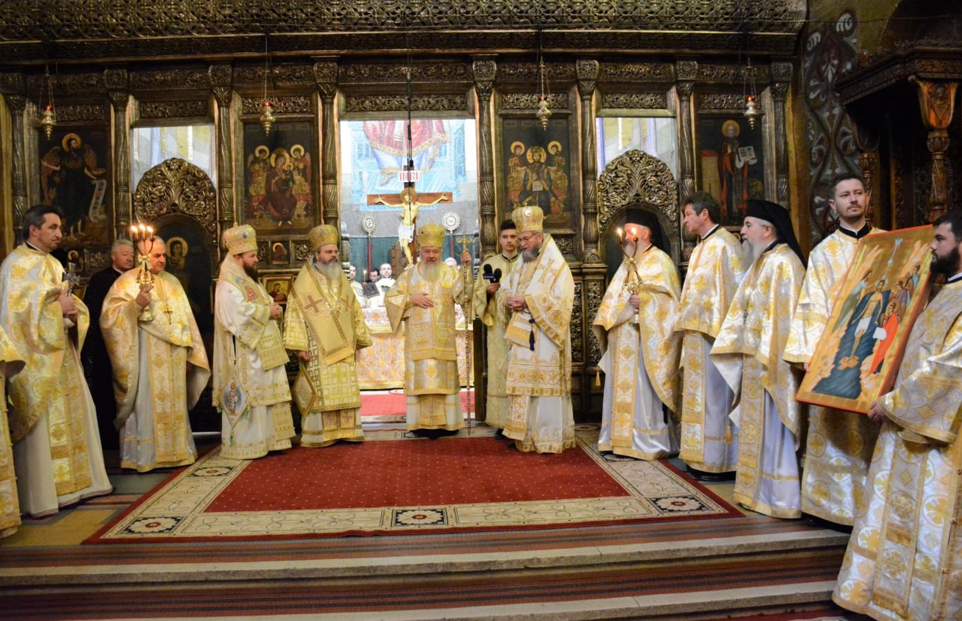 Mitropolitul Andrei – Păstorul blând al Transilvaniei a împlinit 70 de ani