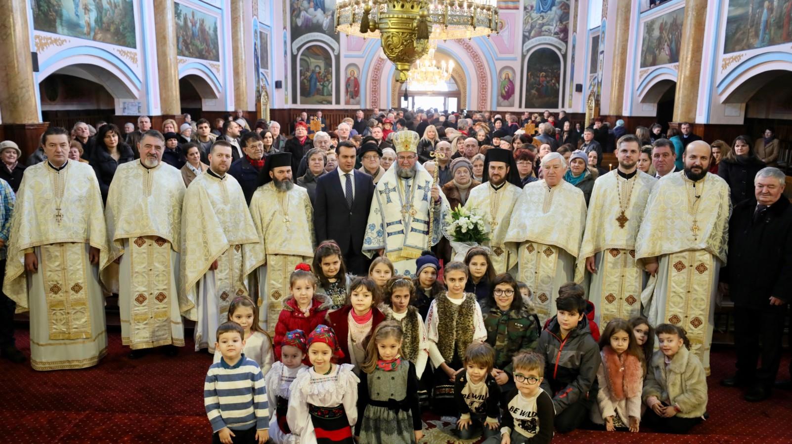 Sfânta Liturghie, la catedrala istorică din Baia Mare