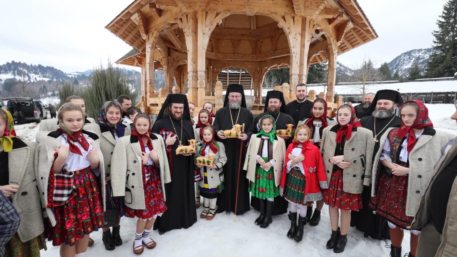 Cea mai veche mănăstire din Eparhia Maramreșului și Sătmarului și-a sărbătorit hramul