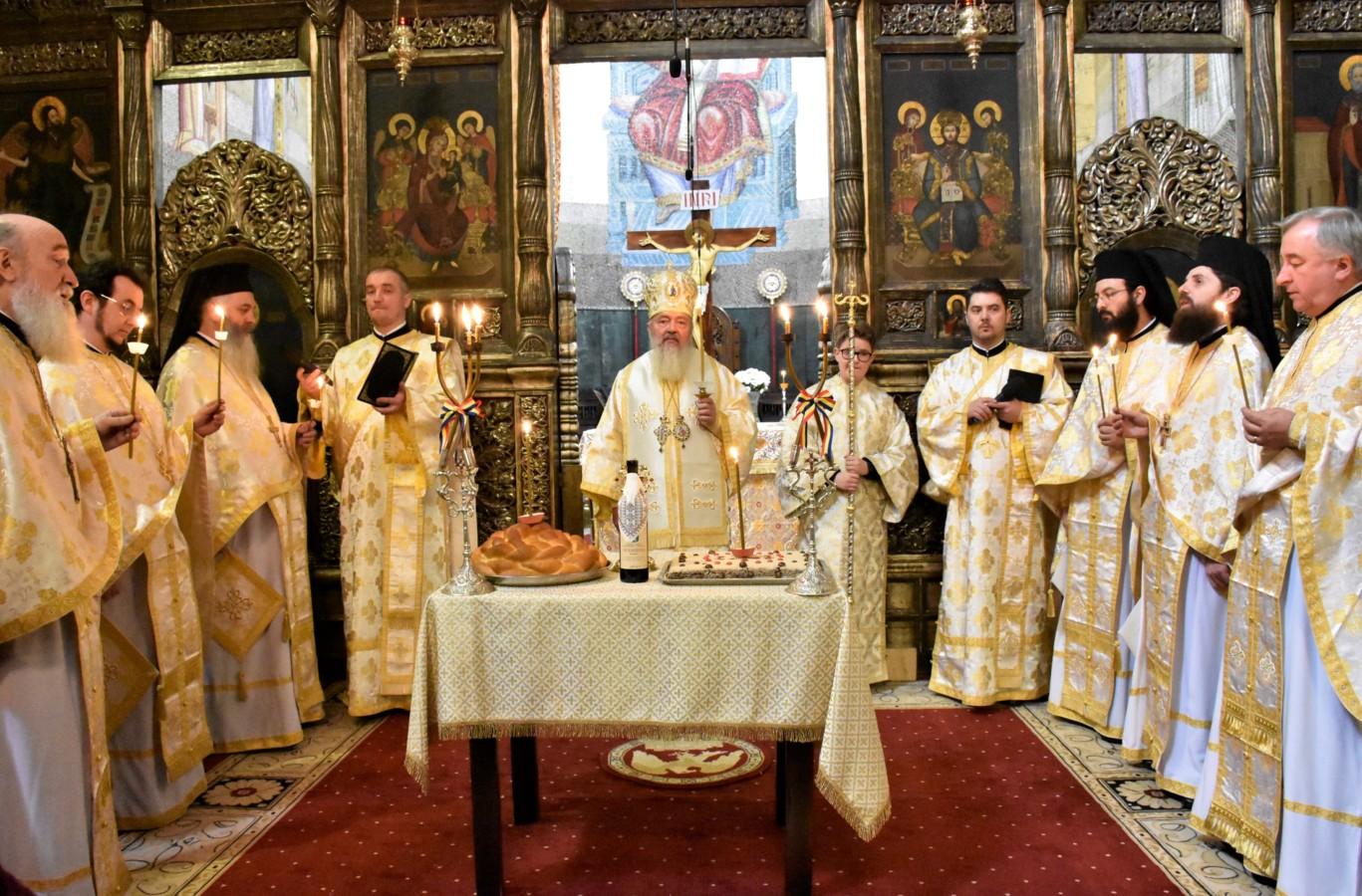 Episcopul Nicolae Ivan și Mitropolitul Bartolomeu Anania comemorați în Catedrala Mitropolitană din Cluj