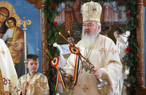 Binecuvântare arhierească pentru credincioșii din Breaza. Mitropolitul Andrei - Cetățean de Onoare al comunei Negrilești