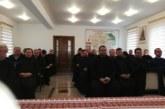 <span style='color:#B00000  ;font-size:14px;'> </span> <br> Poetul Emil Giurgiuca, evocat în cadrul ședinței preoțești lunare a clericilor din Protopopiatul Ortodox Gherla</p>