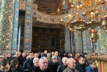 """Activități caritabile și duhovnicești, în parohia """"Nașterea Domnului"""" din Cluj-Napoca"""