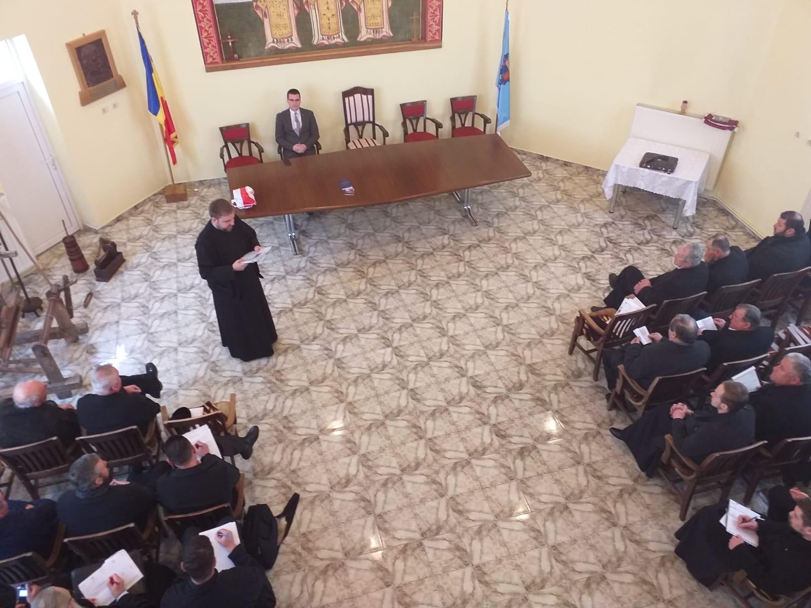 Evocarea preotului academician Ioan Lupaș, la Huedin