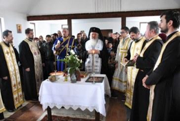 O nouă biserică pentru cumunitatea de rromi de la Pata Rât, binecuvântată de Mitropolitul Andrei