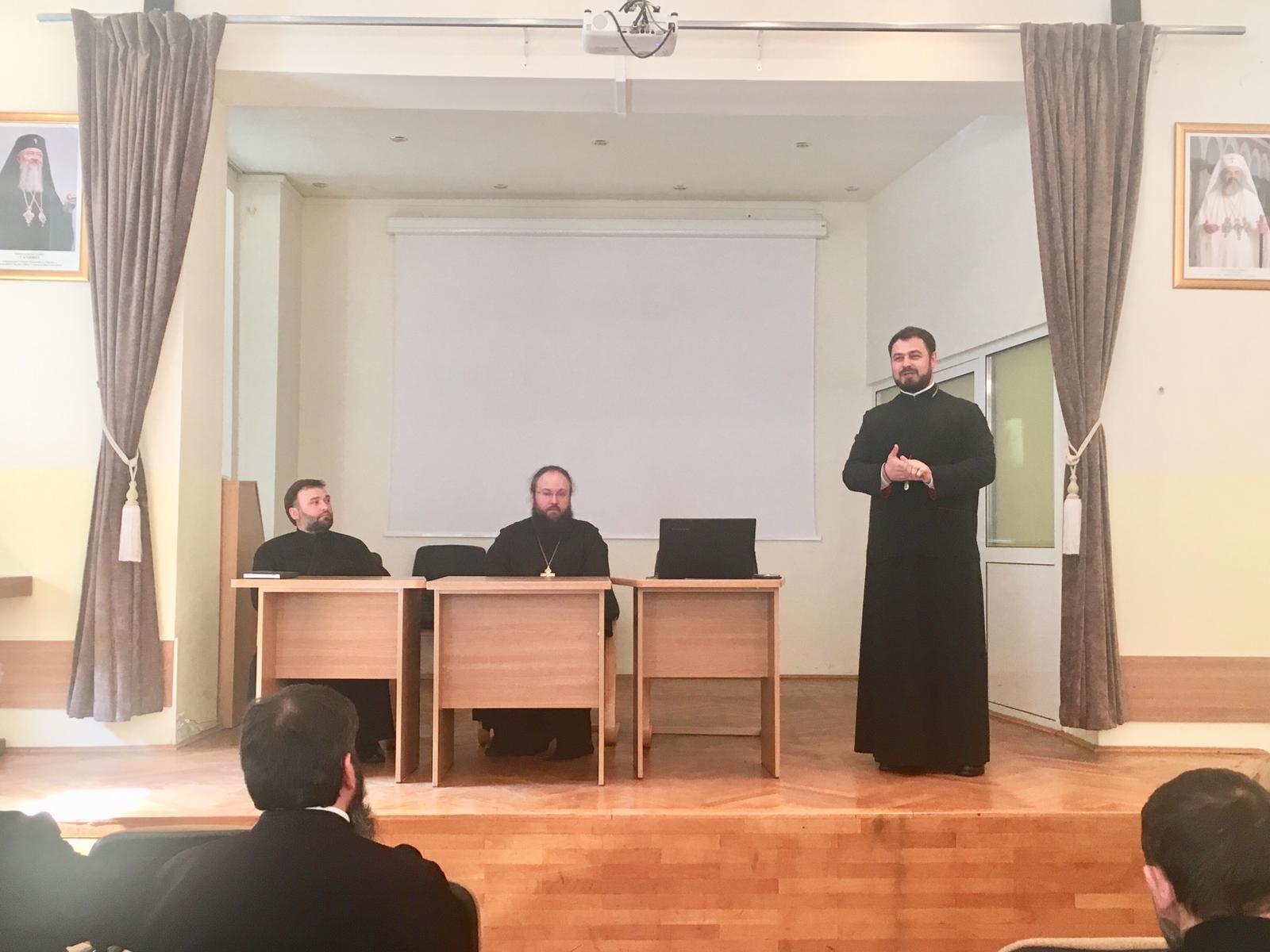 Preoții clujeni, la ședința lunară de protopopiat