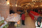În prag de sărbători, 350 de familii nevoiașe din Baia Mare au primit alimente