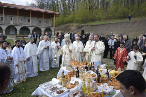 Mitropolitul Clujului, la hramul Mănăstirii Cristorel