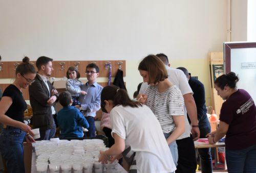 Pregătirea Paștilor a început la Centrul Eparhial al Arhiepiscopiei Clujului. Află de unde le vei putea lua