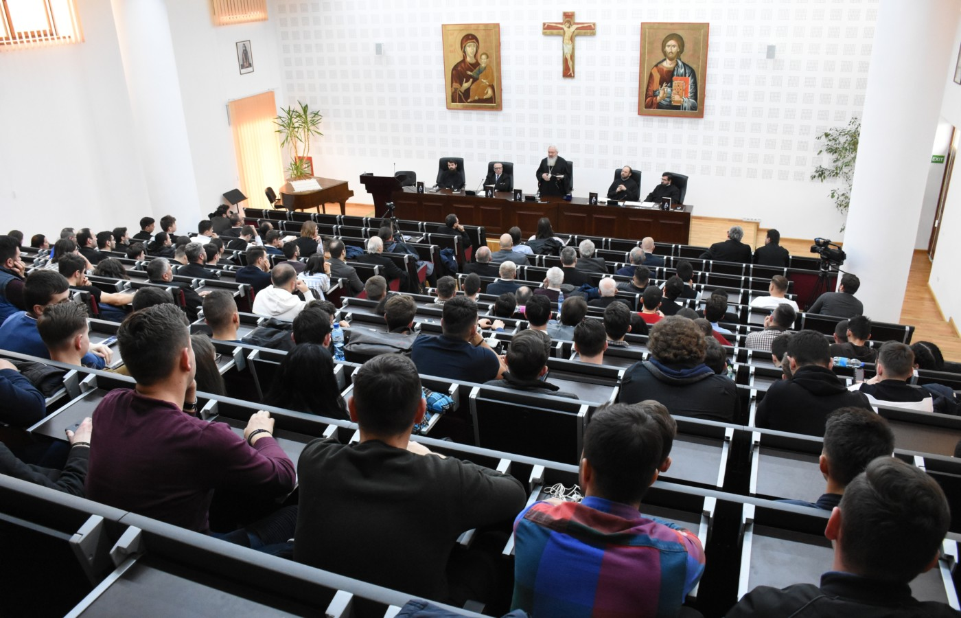 """Cartea """"Cugetări pentru fiecare zi din an"""" a Patriarhului Kirill, lansată la Cluj-Napoca"""