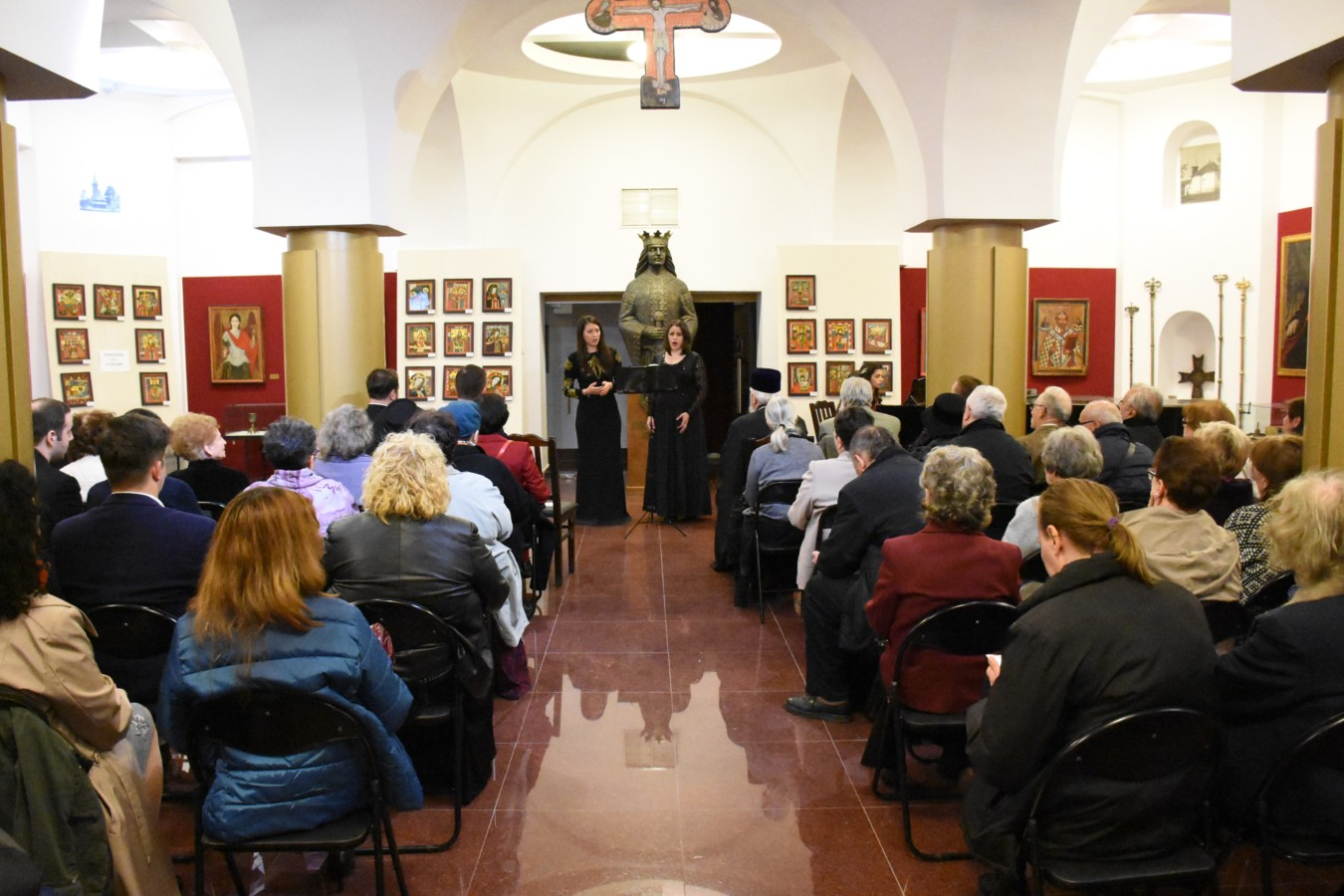 Seară de poezie și muzică dedicată poetei Magda Isanos, la Muzeul Mitropoliei Clujului