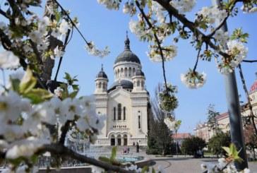 """<span style='color:#B00000  ;font-size:14px;'>ÎPS Andrei: """"Din cele mai critice situații ne salvează rugăciunea și postul""""</span> <br> Duminica Sfântului Ioan Scărarul, la Catedrala Mitropolitană din Cluj-Napoca</p>"""